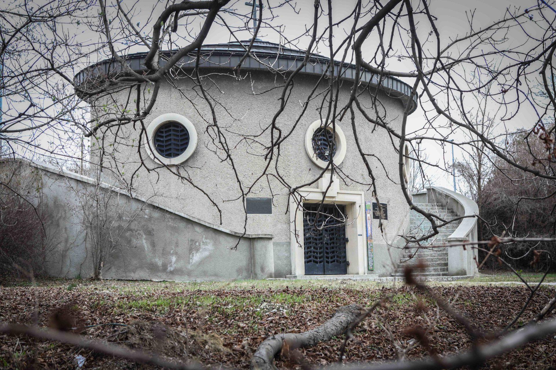 Friedhof der Namenlosen Kapelle