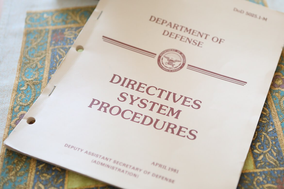 Dept. of Defense, Directives System Procedures 1982