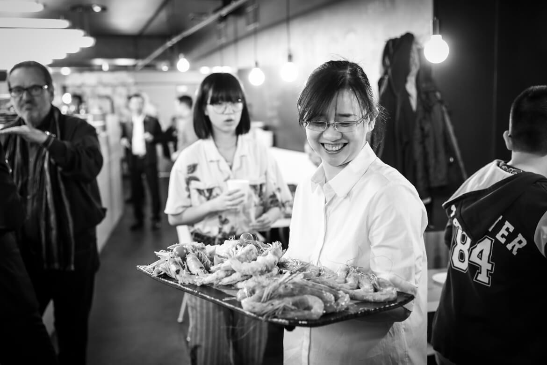 http://www.madamewien.at/wp-content/uploads/2019/03/liweis_kitchen_opening_lr_sw_c_nini_tschavoll-28.jpg